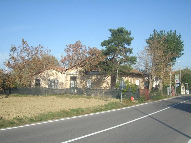 L'ex scuola materna di San Silvestro (Foto la Piaga di Velluto)