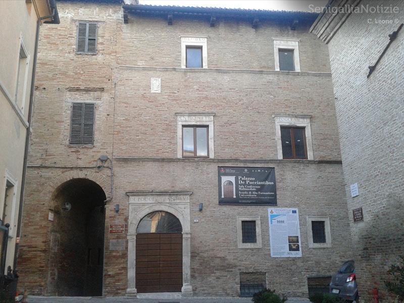 Palazzo De Pocciantibus ad Ostra Vetere
