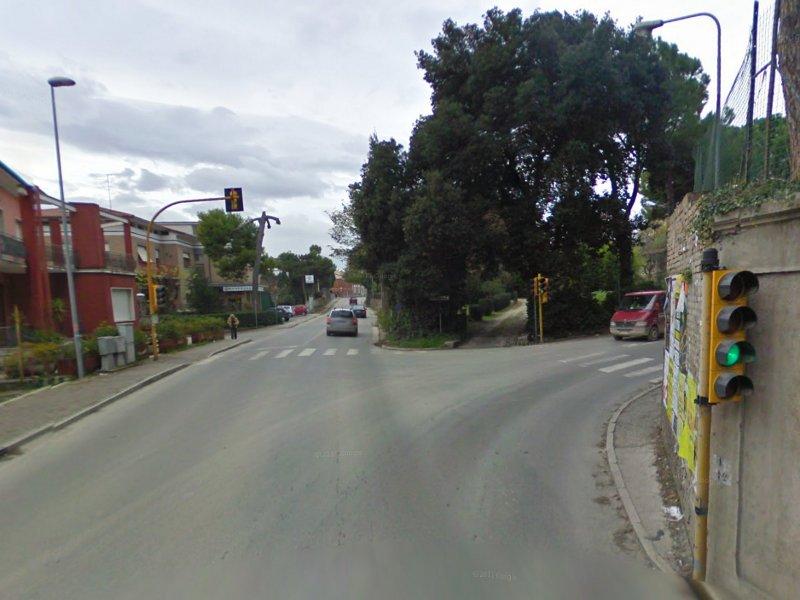 L'incrocio tra via Po e strada del Camposanto Vecchio a Senigallia