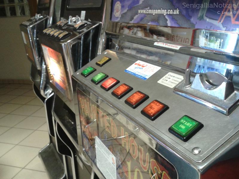 Slot machines, videolottery, videopoker, gioco d'azzardo