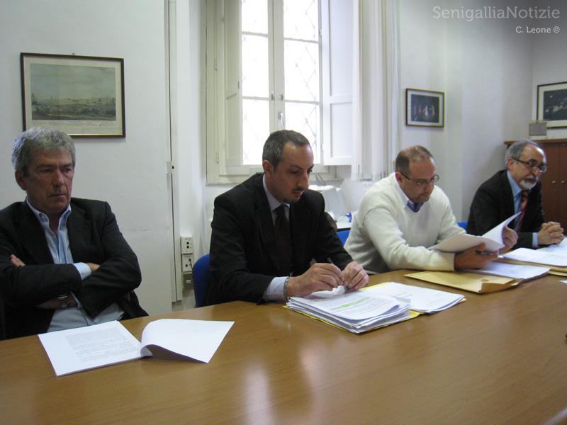 Torelli, Venuti, Paradisi e Rebecchini su un caso di abuso edilizio a Senigallia