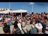 Il popolo del CaterRaduno 2013 sulla spiaggia di Senigallia per la diretta di lunedì 24 giugno