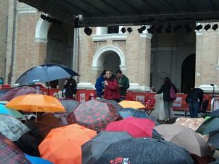 Il maltempo non ferma Caterpillar del 28 giugno in Piazza Roma