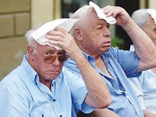ondate di caldo, calore, estate, rischio, anziani, persone anziane, terza età