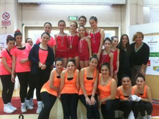 Le alunne della scuola Marchetti impegnate nella danza ritmica