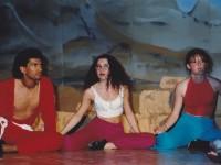 "Gabriele Tesfa-Guma, in arte ""Gab"" Guma, durante uno spettacolo"