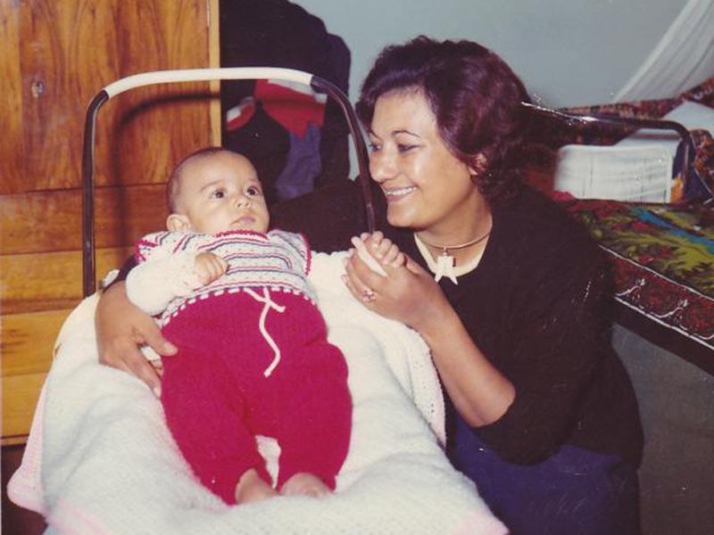 Gabriele Tesfa-Guma con la mamma Nina