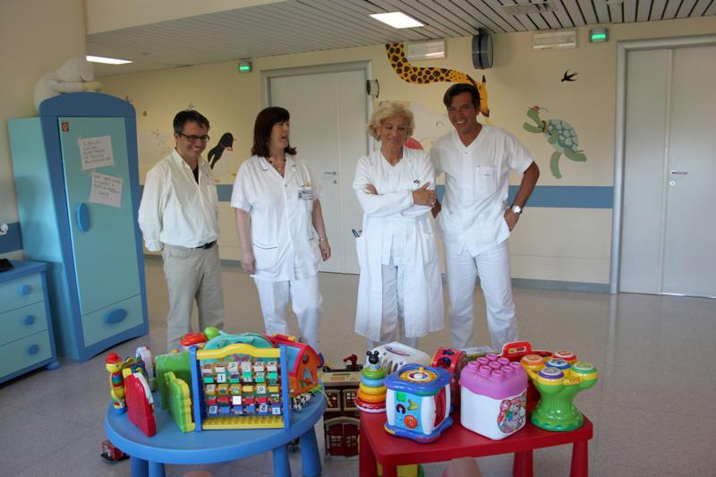 I giocattoli donati alla CRI dagli alunni delle primarie di Senigallia e poi al reparto di pediatria