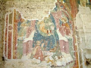 Frammento de La Madonna con Bambino, nella chiesa di Castiglioni di Arcevia
