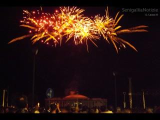 Fuochi d'artificio per la Notte della Rotonda 2013 a Senigallia