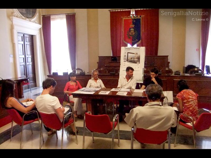Presentazione alla stampa in Comune di Senigallia di Legg10nline