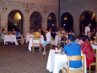 Cene musicali a Serra de' Conti al chiostro dell'ex monastero delle clarisse