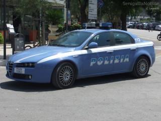 Auto della Polizia sul lungomare di Senigallia