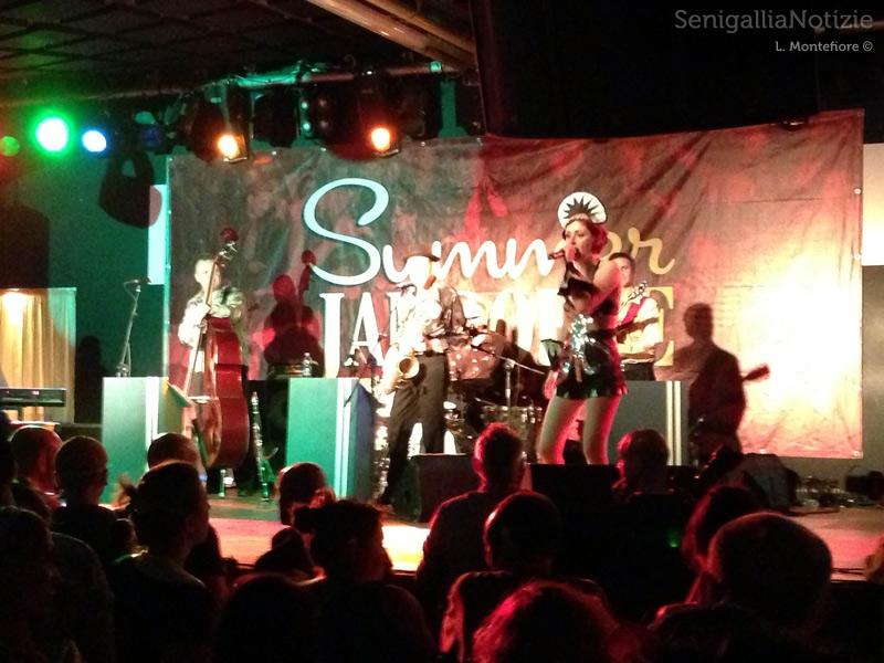 Spettacolo di musica e burlesque al Mamamia di Senigallia per il Summer Jamboree 2013