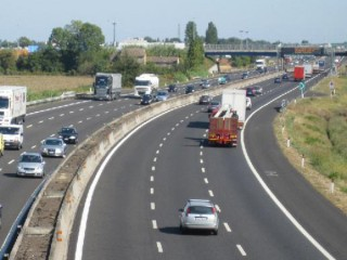 A14 terza corsia all'altezza di Senigallia