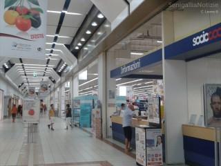 Il Centro Commerciale Il Maestrale (interno)