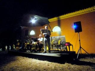 """""""Poesia nel Silenzio"""" a Montedoro - letture poetiche nelle campagne a Scapezzano di Senigallia"""