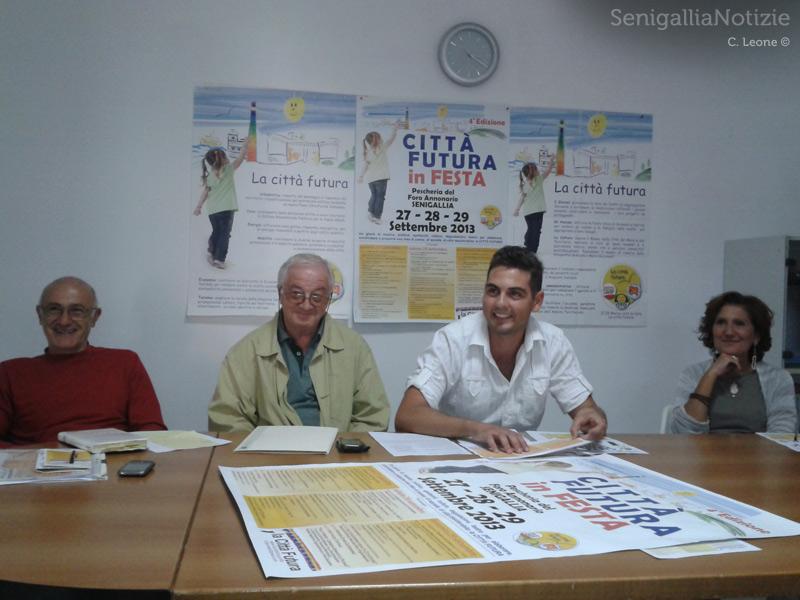 Da sx: Francesco Mancini, Ferdinando Salvioni, Stefano Canti e Francesca Paci presentano La Città Futura in Festa (IV edizione)