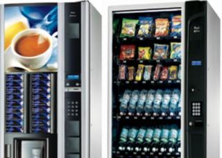 Distributori automatici di alimenti e bevande