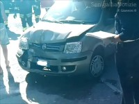 Incidente in via Cellini: auto danneggiata