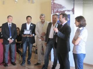 Gli amministratori di Montechiarugolo (PR) ritirano il premio di Comune Virtuoso 2013