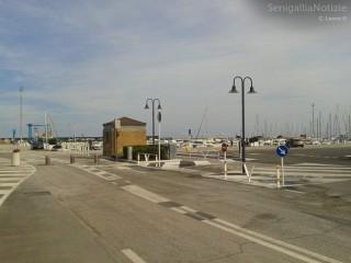 L'ingresso al porto di Senigallia (area di ponente)