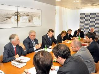 La riunione congiunta tra la giunta regionale delle Marche e il direttivo Anci Marche