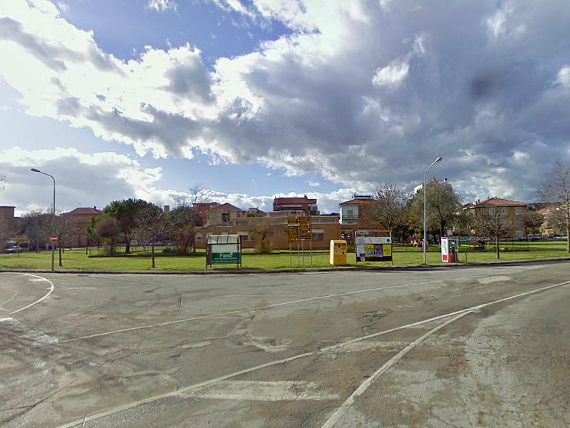 La scuola dell'infanzia alla Cesanella di Senigallia, tra piazzale Michelangelo e via Giotto