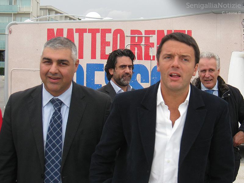 Matteo Renzi accolto a Senigallia da Gennaro Campanile