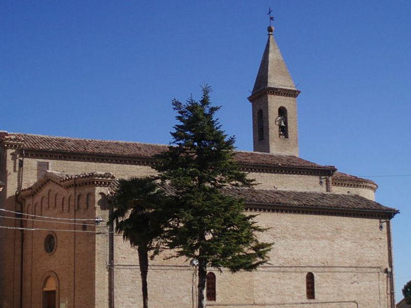 Chiesa di San Pietro e Paolo a Castelleone di Suasa
