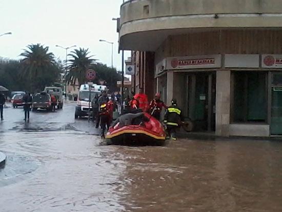 Emergenza in Sardegna per il maltempo del novembre 2013. Foto della Protezione Civile