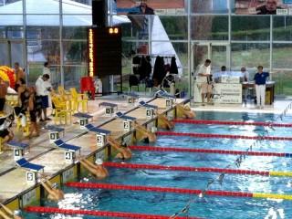Partemza della gara di nuoto a Riccione, cui partecipa l'Adriakos Senigallia