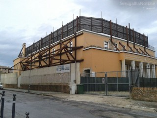 Il cantiere dell'ex-Politeama Rossini
