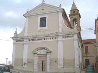 La chiesa parrocchiale di San Pellegrino, a Ripe