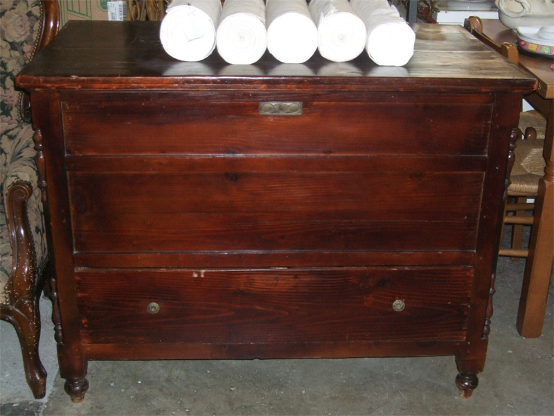 mobili antichi a la fiera mercatino dell usato di