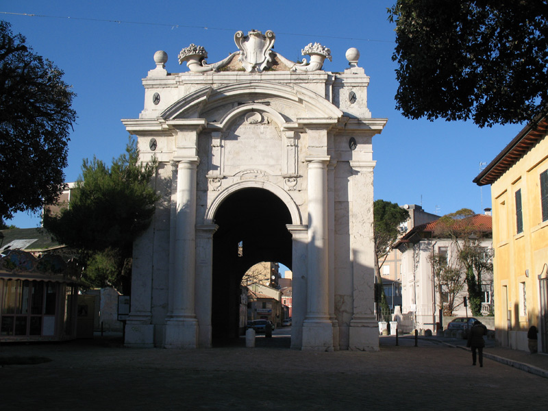 Porta Lambertina, in via Carducci, a Senigallia