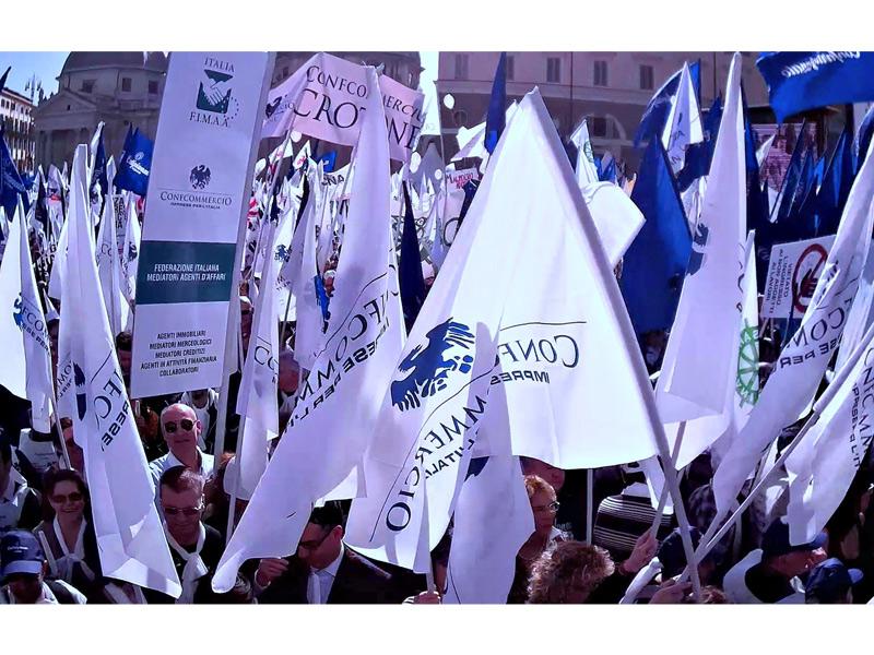La manifestazione a Roma di Confcommercio del 18 febbraio 2014