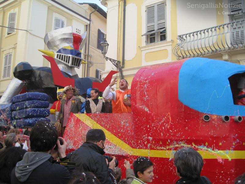 Sfilata di Carnevale 2014 in centro a Senigallia