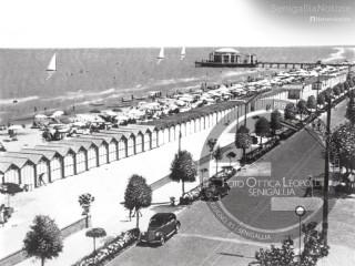 Il lungomare di Senigallia a metà del Novecento - Foto Leopoldi