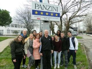 Alunni e docenti del Panzini attori per Andos
