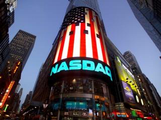 Il Nasdaq, l'indice tecnologico americano, con sede a Times Square