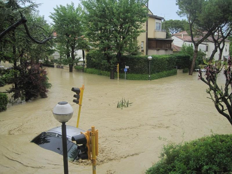 Alluvione a Senigallia - Viale A. Garibaldi e via Mercantini