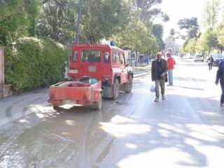 La pulizia della città e degli scantinati a Senigallia: corso Matteotti