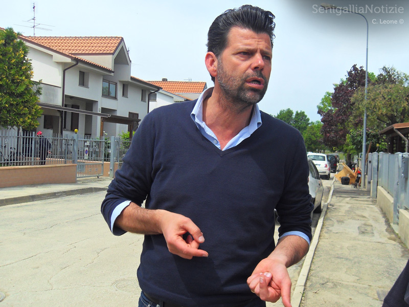 Il sindaco Mangialardi in visita a Borgo Bicchia