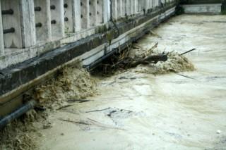 Alluvione: fiume Misa alto in centro a Senigallia