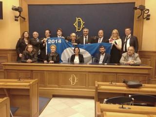 Gennaro Campanile alla consegna della Bandiera Blu 2014 con i parlamentari marchigiani