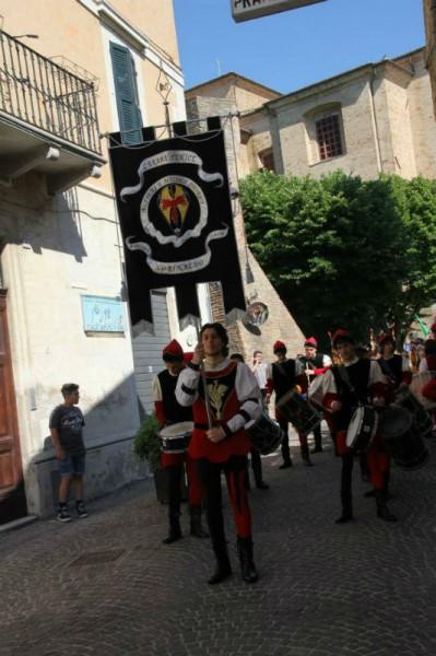 """""""Araba Fenice"""" di Corinaldo-parata 2 giugno"""
