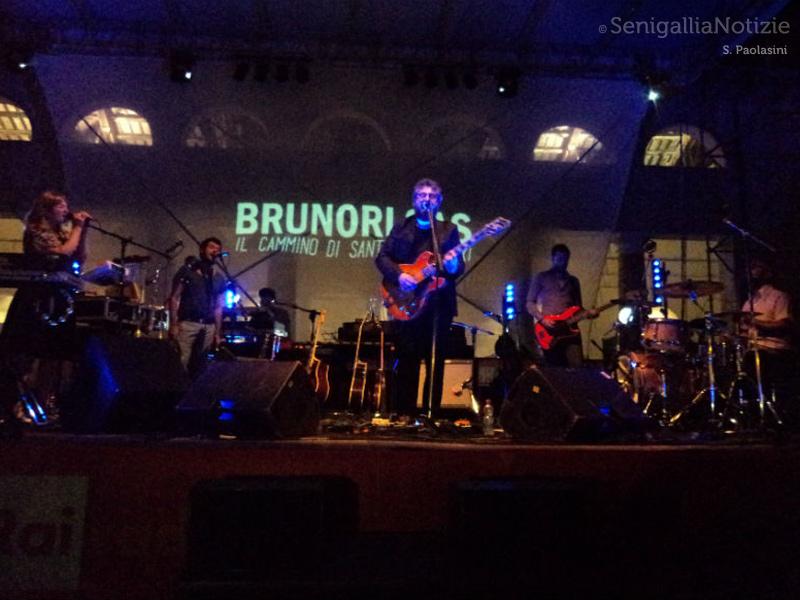 Concerto di Brunori Sas a Senigallia per il CaterRaduno 2014