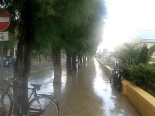 Pioggia 25giugno sul Lungomare