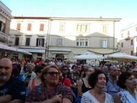 Il pubblico in Piazza Roma